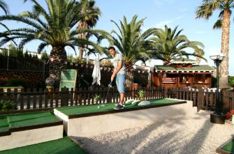 Cafe de la Mar - Minigolf